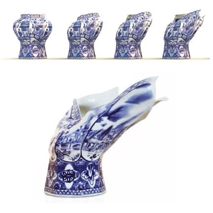 Blow Away Vase by Front per Mooi